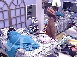 Big Brother Brazil contestant forgets up camera