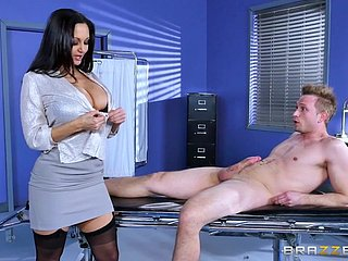 Brazzers - Pollute Ava Addams wants big cock