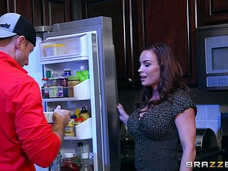 Muscular bald panhandler gives the prexy babe a consenting ramming in the kitchen